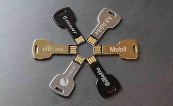https://static.custom-flash-drives.co.za/images/products/Key/Key1.jpg