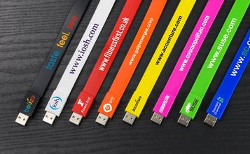 https://static.custom-flash-drives.co.za/images/products/Lizzard/Liz_00.jpg