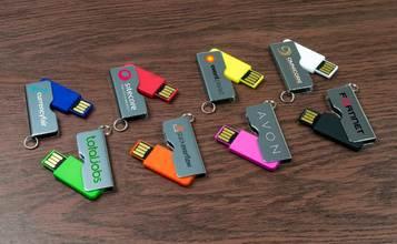 https://static.custom-flash-drives.co.za/images/products/Rotator/Rotator1.jpg